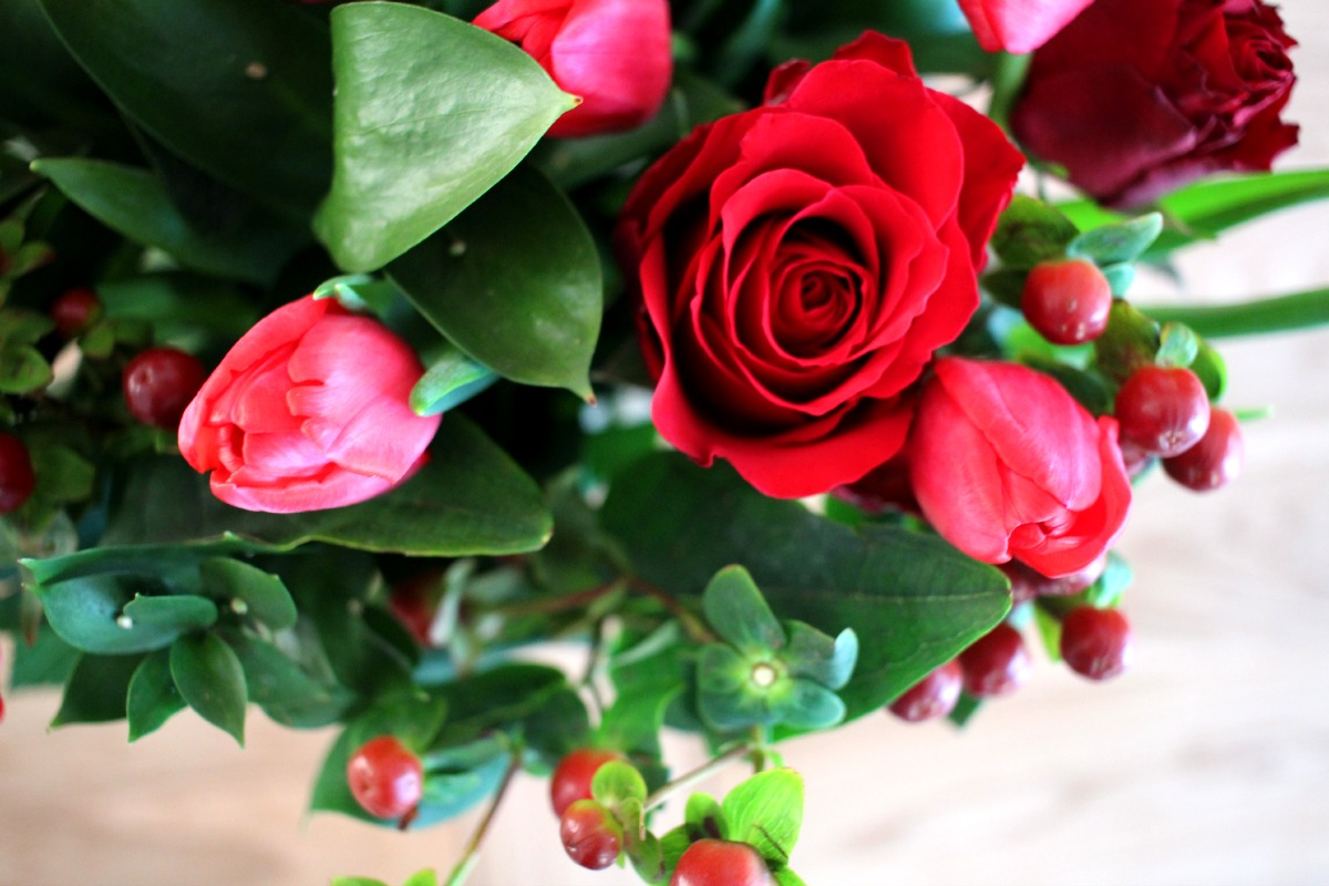 roses and tulips